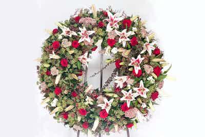 couronne magnifique fleurs livrer fleuriste livraison